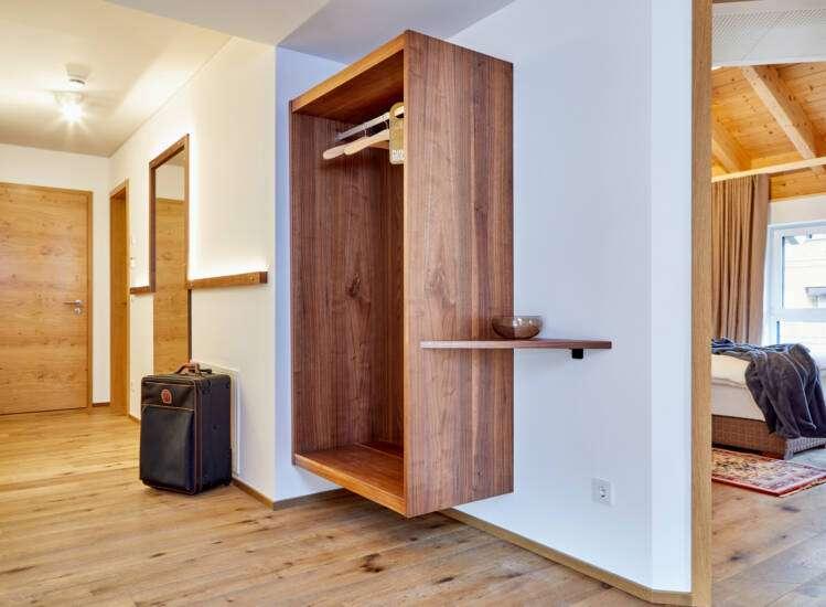 Garderobe Apartment Nr. 20 Deluxe - Slider06