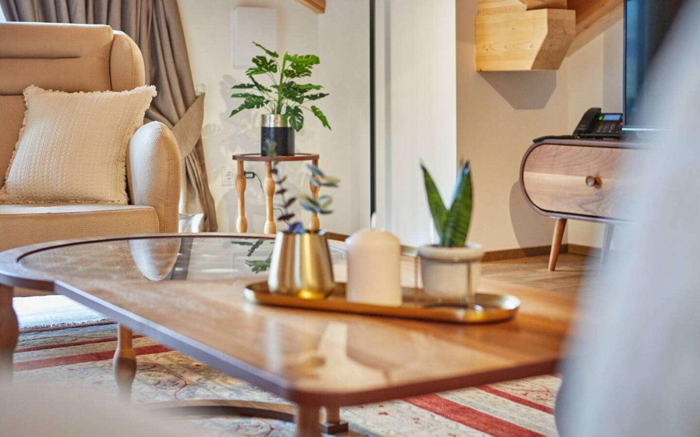 Apartment Suite Header